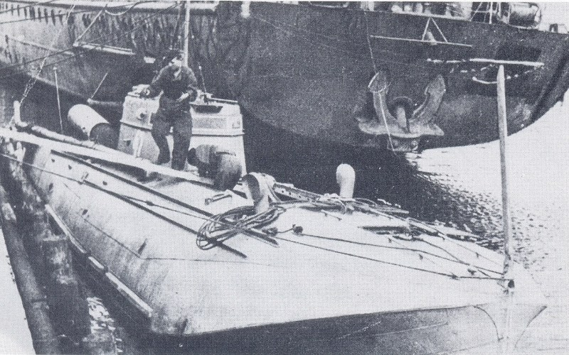 "Gekapertes Schnellboot 47 der G-5 Klasse vor Tender (Tsingtau/Lüderitz/Peters?). Quelle <a href=""http://forum-marinearchiv.de/smf/index.php/topic,12293.0.html"" target=""_blank"">http://forum-marinearchiv.de/smf/index.php/topic,12293.0.html</a> , dort noch weitere Bilder."